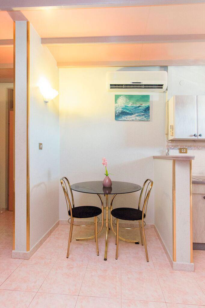Superior trokrevetni apartman s pogledom more